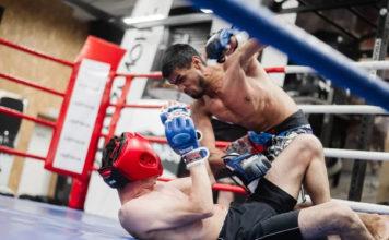 турнир по MMA